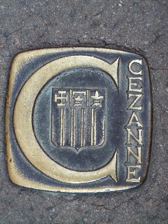 Musée Granet : Bodenpflaster weisen den Weg zu Czezanne
