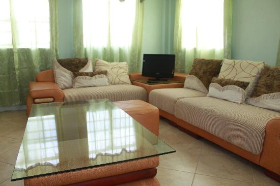 Rejens Hotel: Spacious accommodation