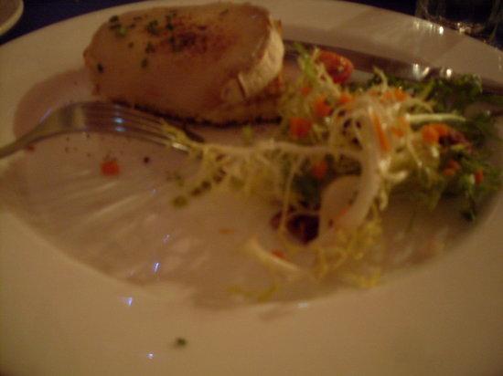 Bistro La Bonne: Goat Cheese Salad
