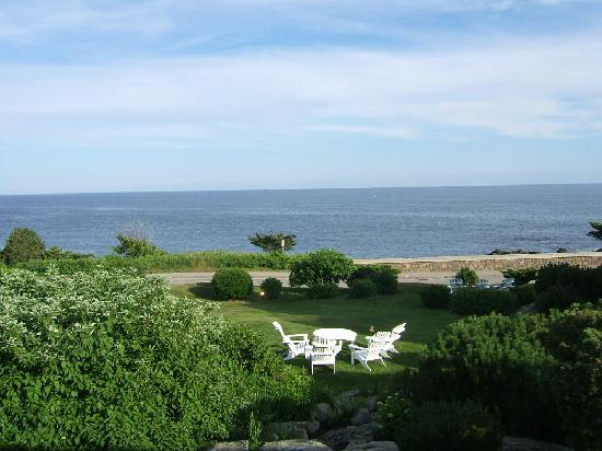 Cape Arundel Inn & Resort: Room 23 View 2