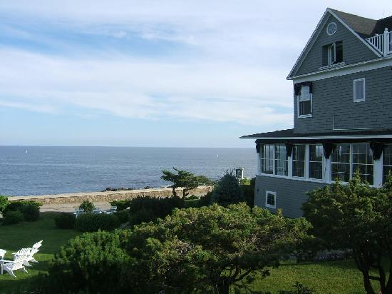 Cape Arundel Inn & Resort: Room 23 View 3