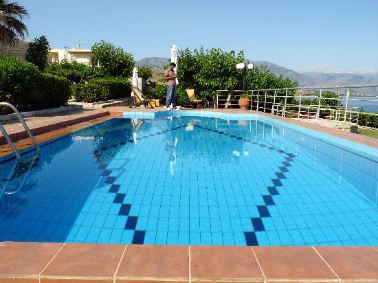 Villa Katerina Petres : Pool at Villa Katerina
