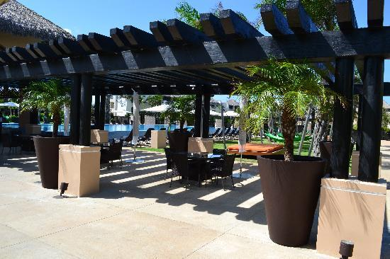 Hard Rock Hotel & Casino Punta Cana: Eden Pool, closed for private event (Bummer!)