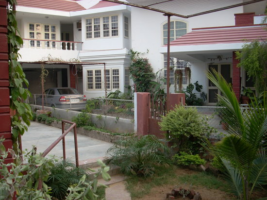 Colonel's Homestead Jaipur: Exterior