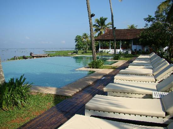 Meandering Pool Villas Picture Of Kumarakom Lake Resort Kumarakom Tripadvisor