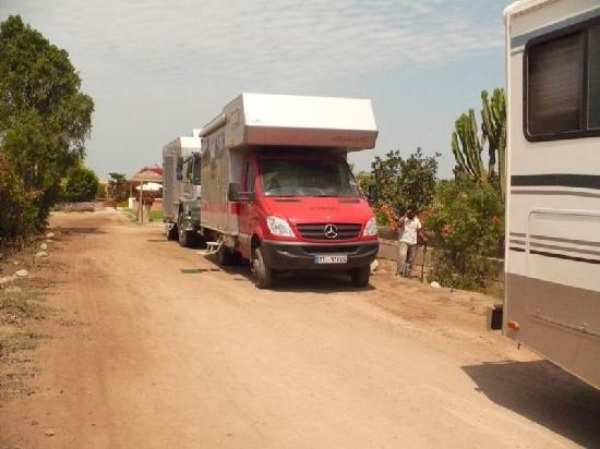 Chincha Alta, Peru: Estacionamiento interno para más de 20 vehículos