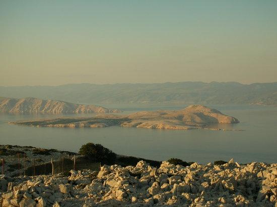 Croazia: Blick von Rab auf Goli Otok