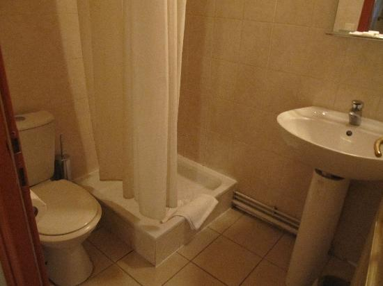 Hotel Residence Bourgogne: bagno