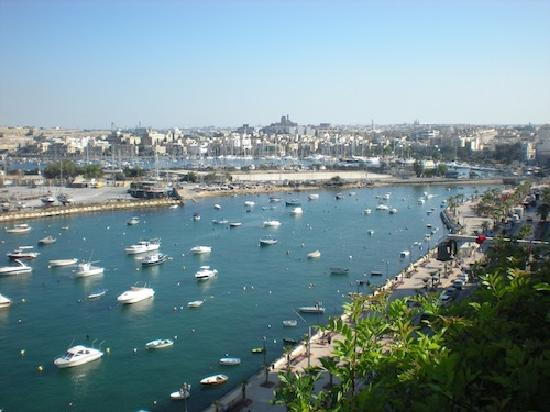 Gzira, Malta: Again some lovely views from our balcony