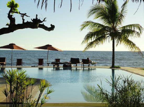 Hotel Arc en Ciel: piscina