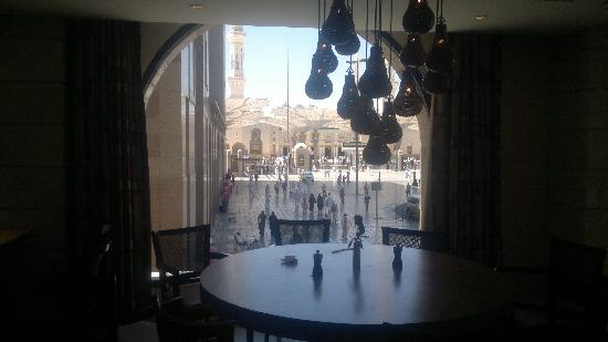 Shaza Al Madina: View from the restaurant during breakfast.