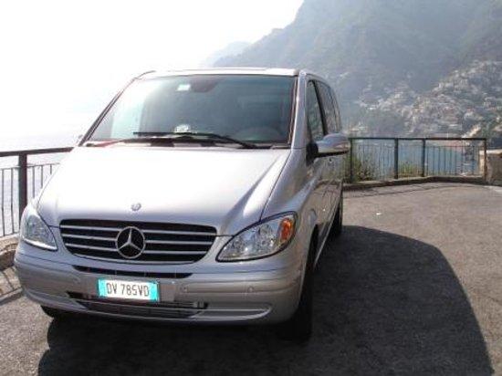 La Mammola Car Service : our Mercedes Viano