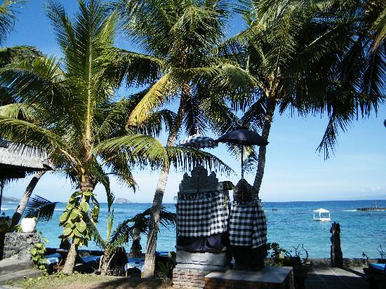 Anom Beach Inn Bungalows: plaża