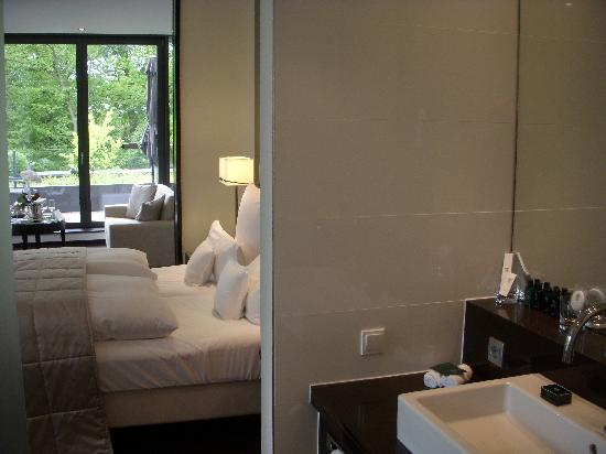Relais & Chateaux Hotel Burg Schwarzenstein: Bath to bed to living area to deck