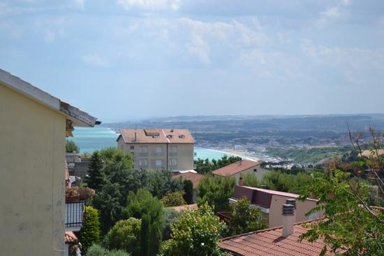 uitzicht vanaf terras Hotel Sirolo