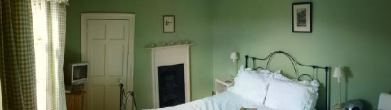 The Bathwick Townhouse: top floor room