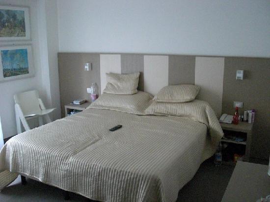Hotel Ariston: Betten, Zimmer 2