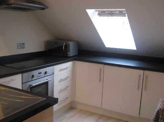Carn Brea Holiday Apartments & Spa : Kitchen