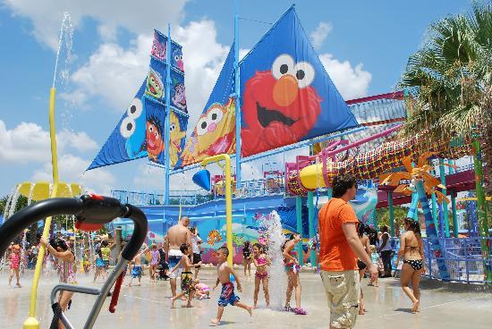 Splash Pad At Bay Of Play Picture Of Seaworld San