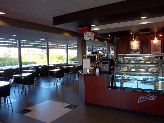 McDonald's: Nice McCafe section