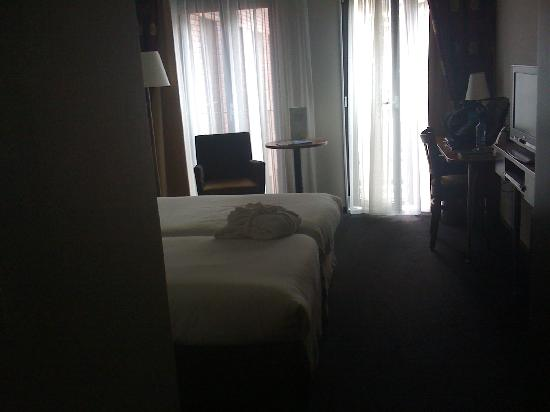 Amrath Grand Hotel Frans Hals: Desk