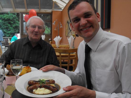 Martins Pond: One very happy customer with sausage & mash!