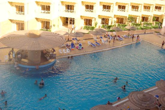 AMC Azur Hurghada: Pool Bar