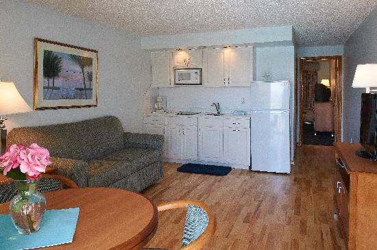 Sea Crest Motor Inn: Royal Ocean Front Suite