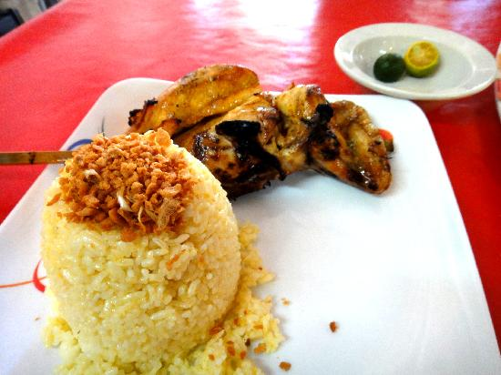Nena's Beth at Manokan Country : Chicken inasal with garlic rice.