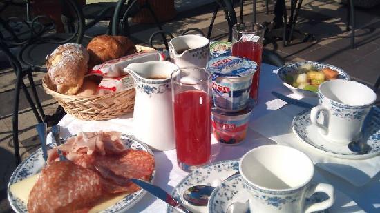 Hotel Firenze : Petit déjeuner terrasse excellent