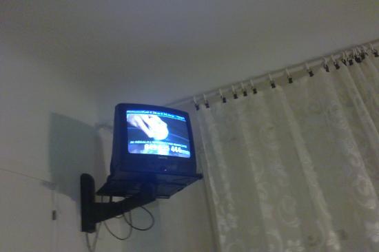 Albergo Cannon d'Oro: TV in the room