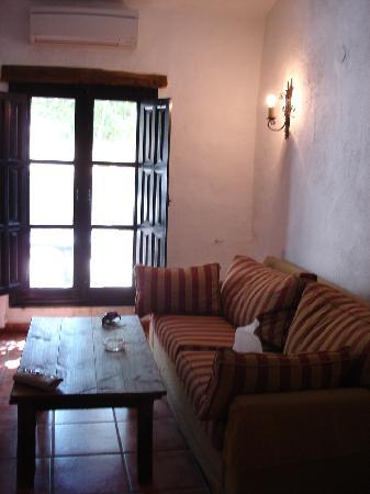 Hotel El Horcajo: El sofá