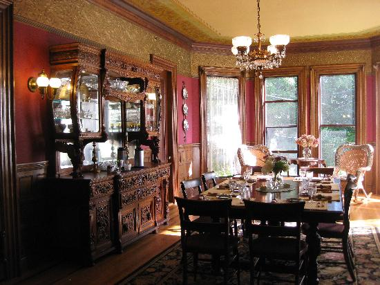 Angel of the Berwicks: Dining/Breakfast room