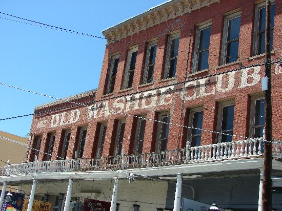 Silver Queen Hotel : The Old Washoe Club