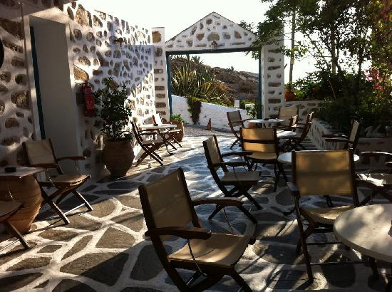 Nazos Hotel: Breakfast terrace
