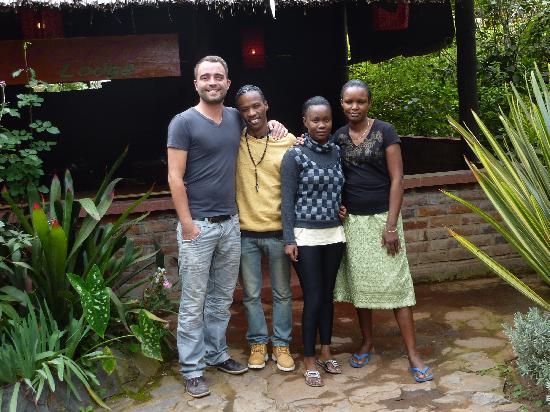 Moyoni Lodge : L'équipe qui vous accueille