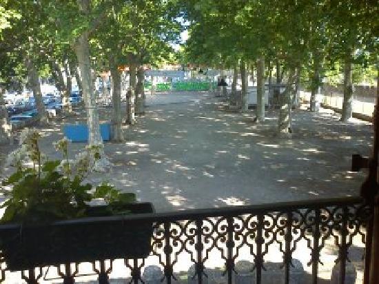 Air de Vacances : view from la maman de poisson