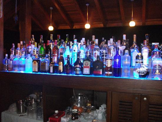 Candan Apart Hotel : The bar