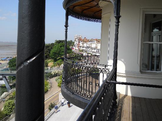 Park Inn by Radisson Palace Southend-on-Sea: Balcony view
