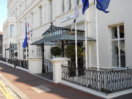 Park Inn by Radisson Palace Southend-on-Sea: Entrance