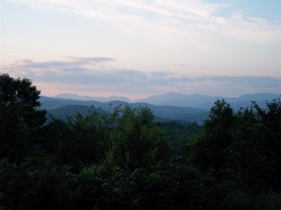 Bridgewater Mountain Bed & Breakfast: Sunset