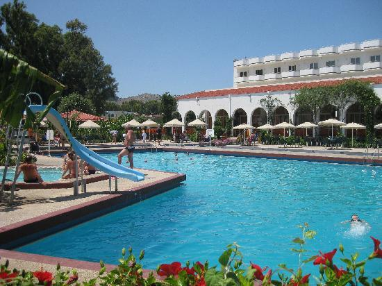 Irene Palace Hotel: zwembad