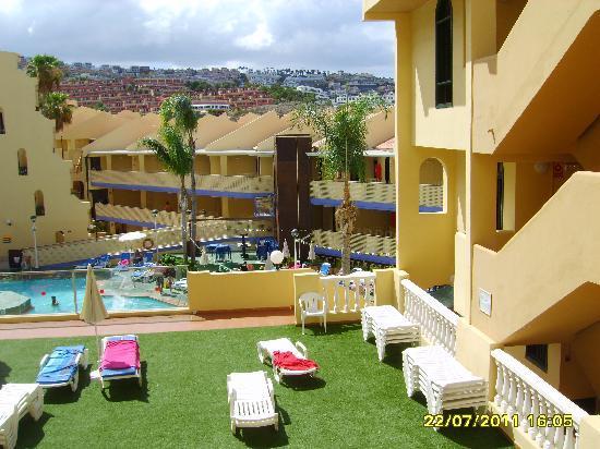 Playa Olid Apartments: balcony area