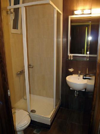 Hotel Filoxenia: Shower cabin