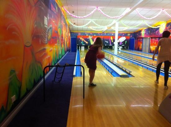 Stanwix Park Holiday Centre: bowling