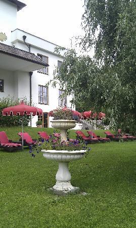 Hotel SPA & Gourmet Resort Engel: giardino