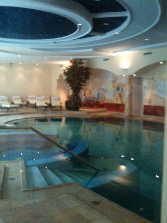 Hotel Gardena Grodnerhof: piscine