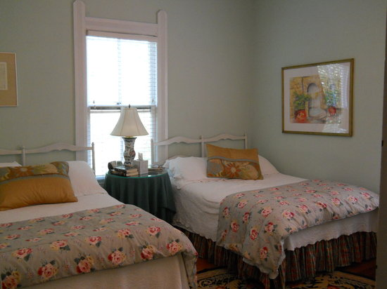 Monteagle, TN: Room at the Edgeworth Inn