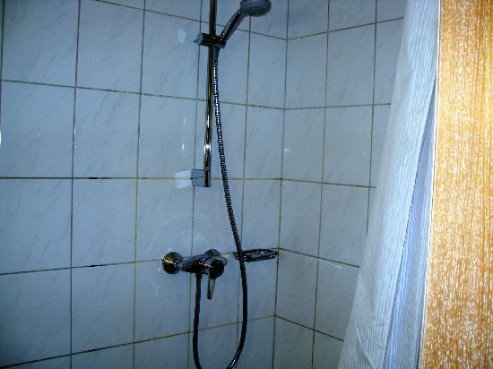 Hotel Stern: Bathroom