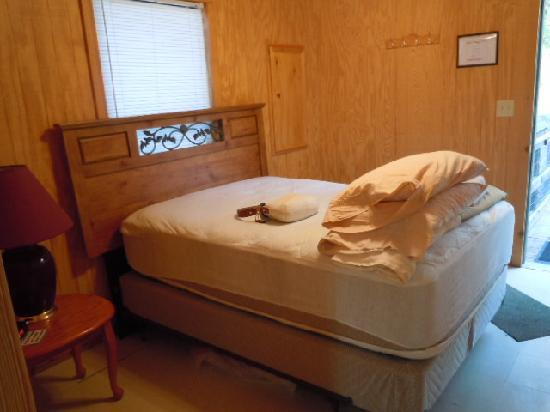 Florien, LA: Bedroom